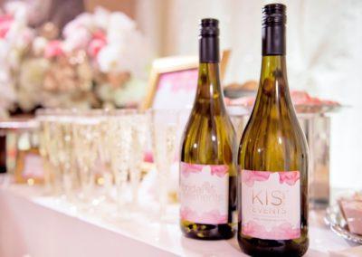 KisCubed_Bridal Elments_champagne bottles