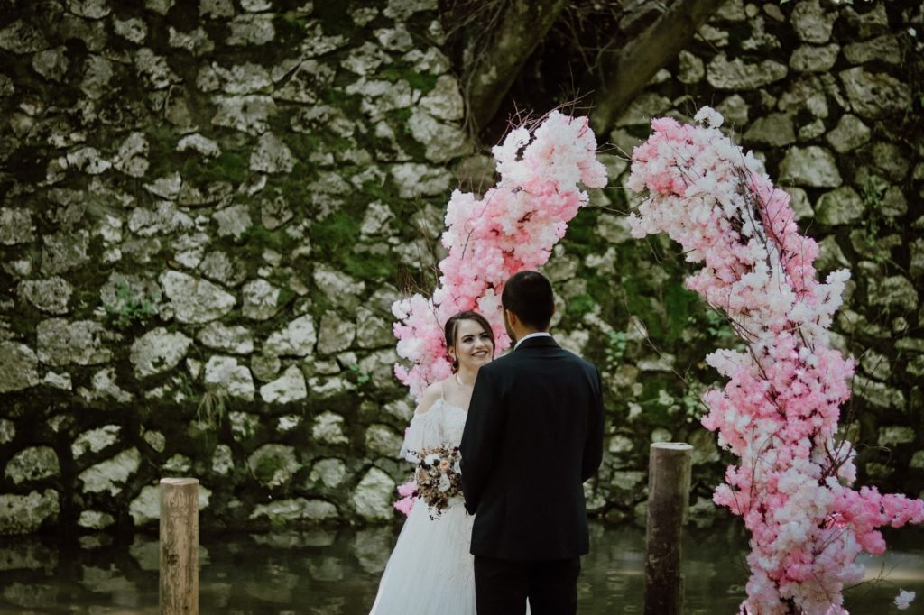 greenery-wedding-palette-decorations